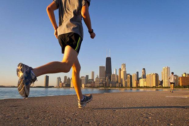 5 cách tập thể dục giúp các bác tài lái xe đường dài tăng cường sức khỏe